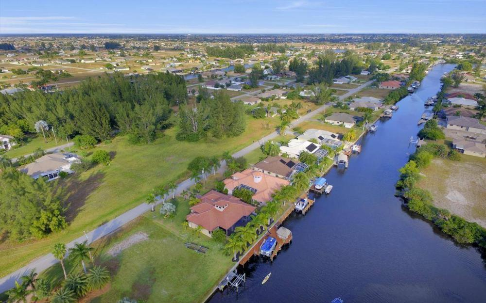 3816 SW 3rd Terrace, Cape Coral - Home For Sale 1263842764