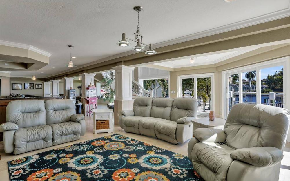 101 SW 58th St, Cape Coral - Home For Sale 108929375