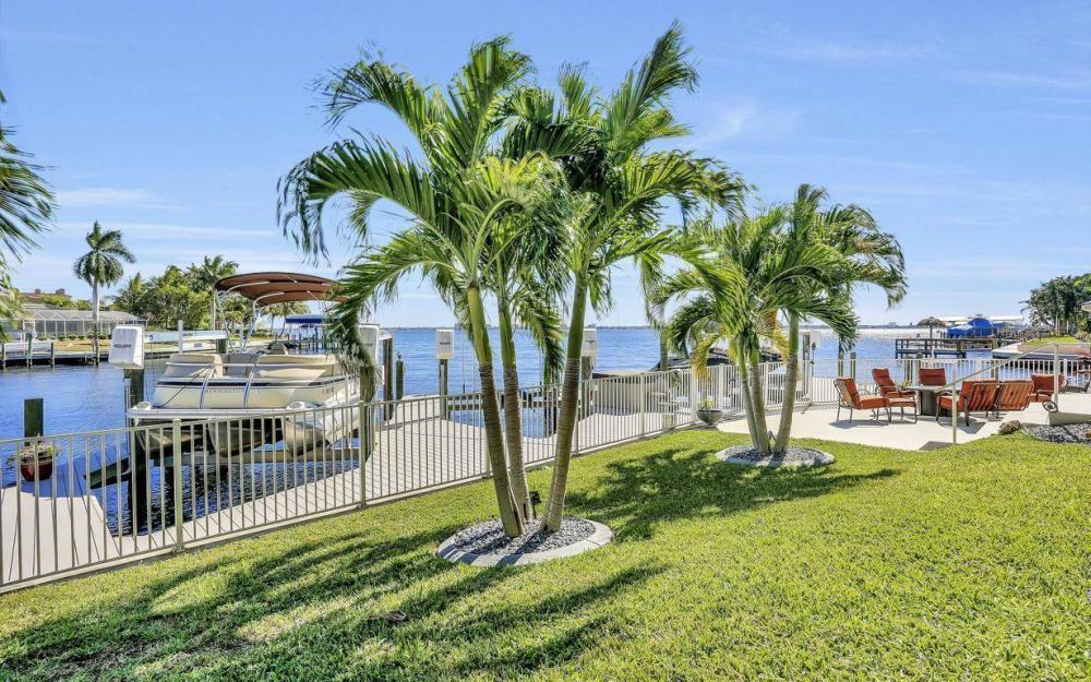 101 SW 58th St, Cape Coral - Home For Sale 1957734202
