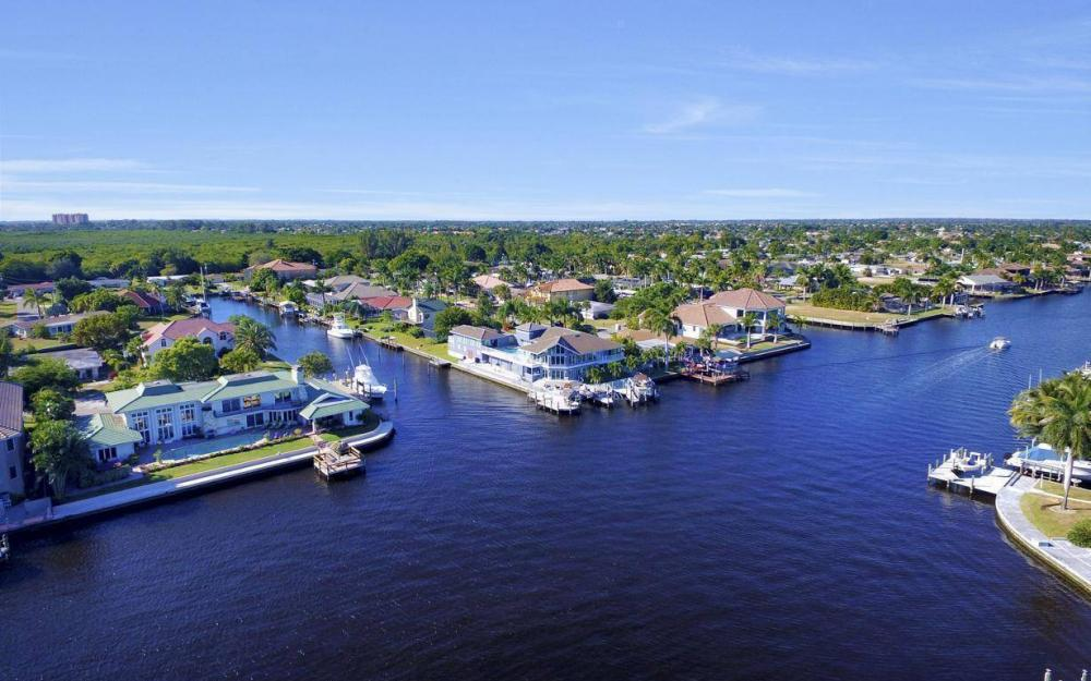 101 SW 58th St, Cape Coral - Home For Sale 549833609