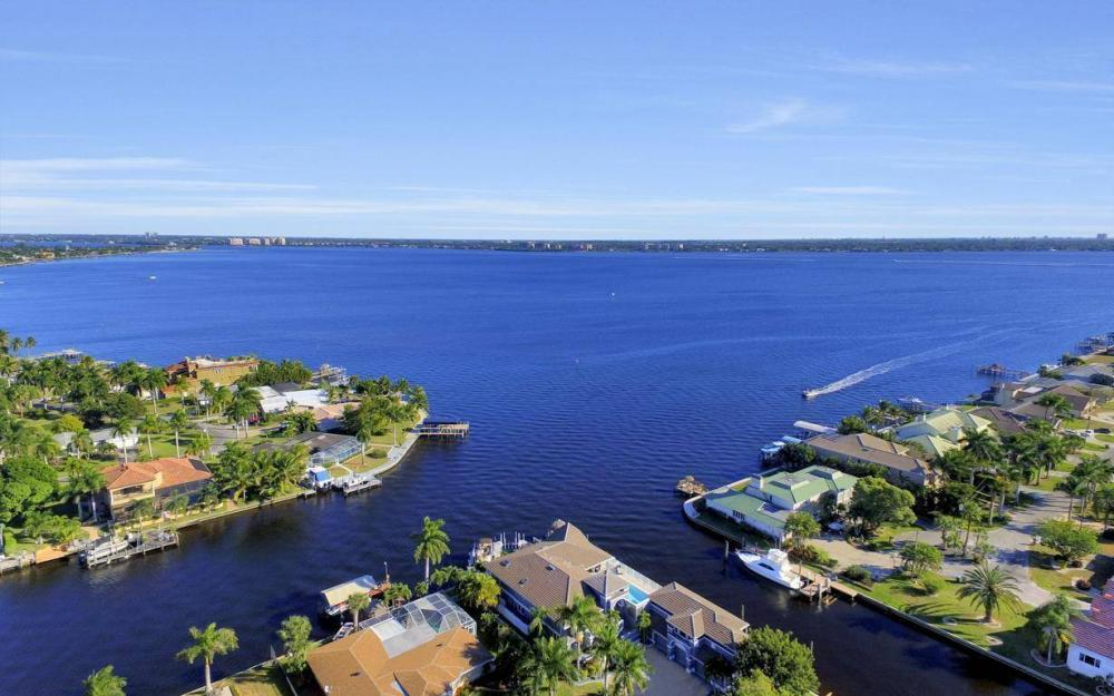 101 SW 58th St, Cape Coral - Home For Sale 425498454