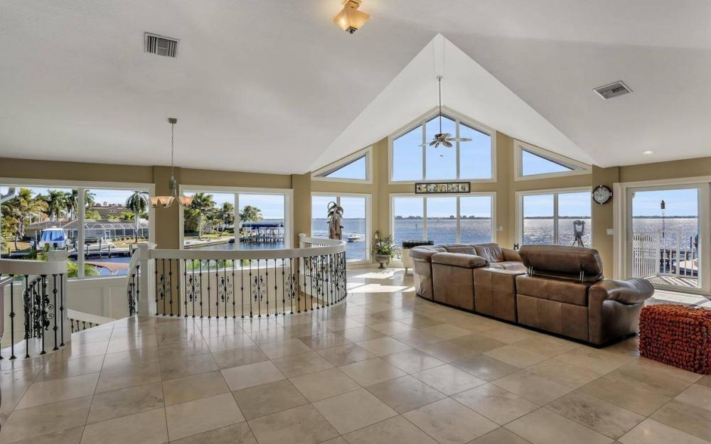 101 SW 58th St, Cape Coral - Home For Sale 1834086802
