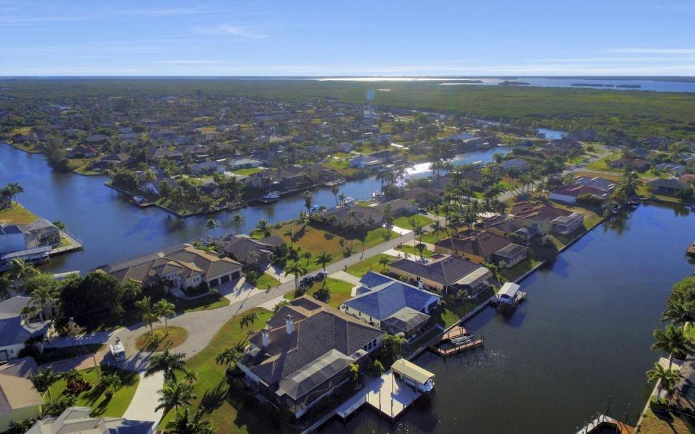 2803 SW 36th Ter, Cape Coral - Home For Sale 985099539