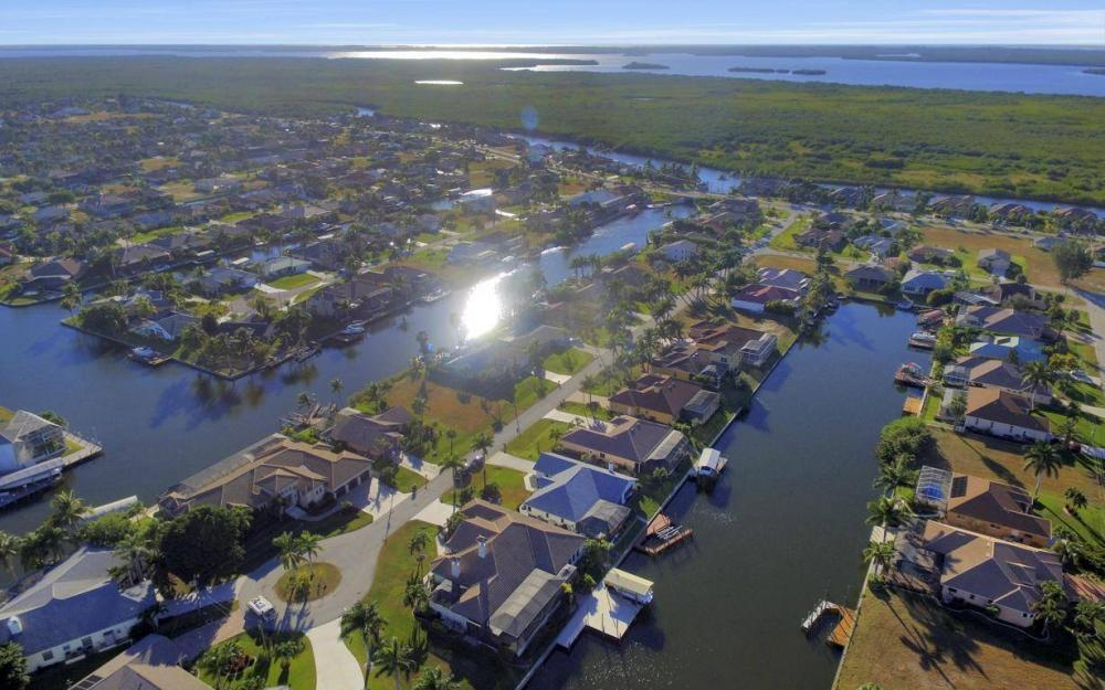 2803 SW 36th Ter, Cape Coral - Home For Sale 1737221609