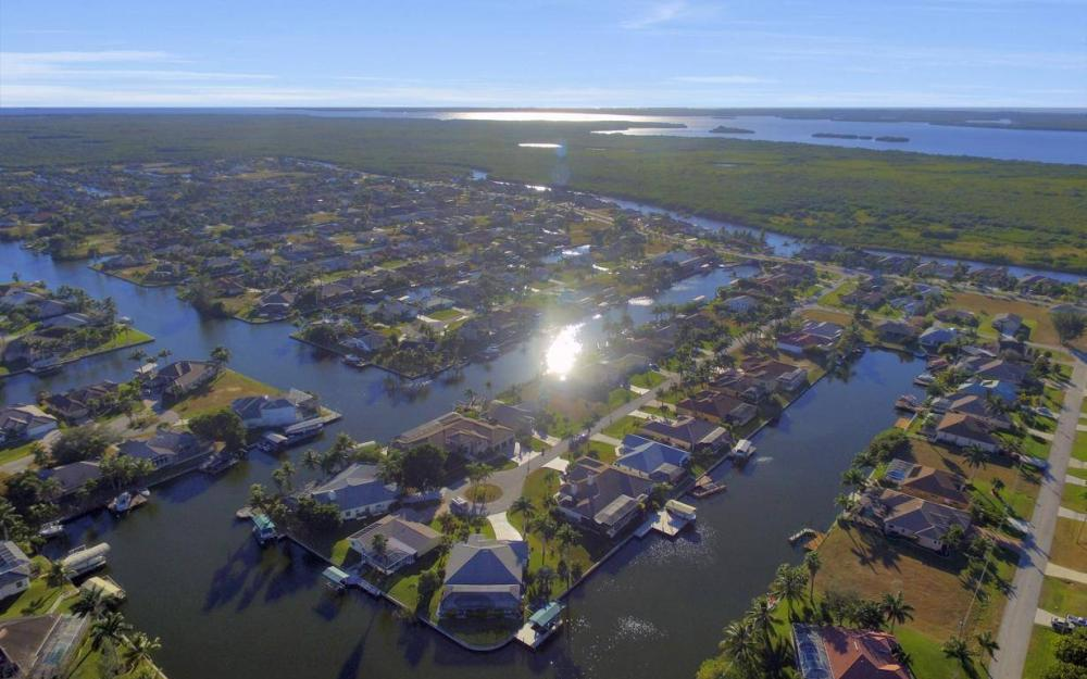 2803 SW 36th Ter, Cape Coral - Home For Sale 1790349376