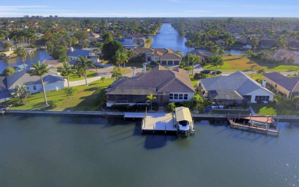 2803 SW 36th Ter, Cape Coral - Home For Sale 1304885488