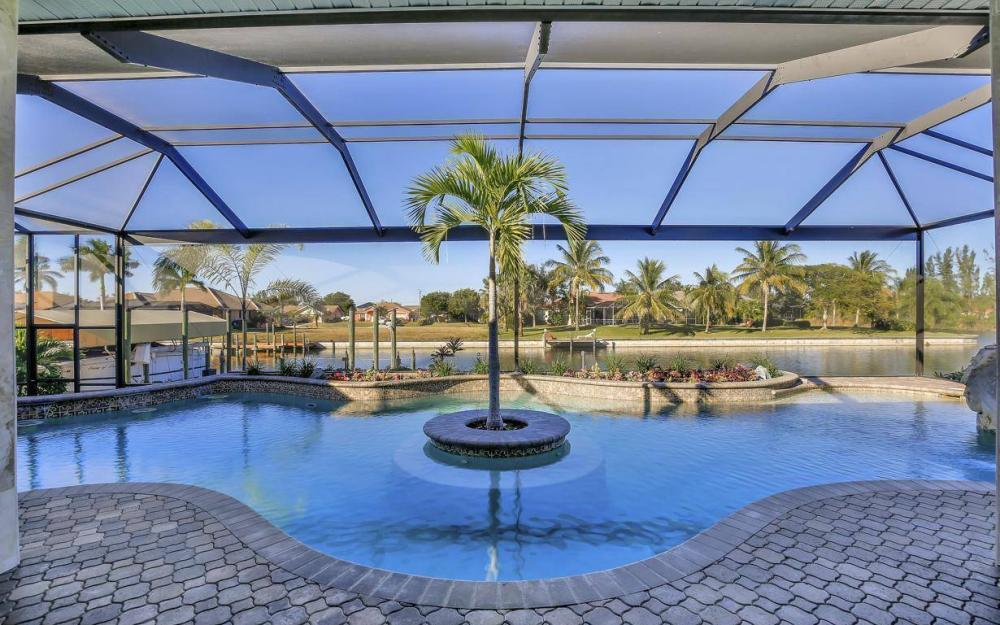 2803 SW 36th Ter, Cape Coral - Home For Sale 234770355