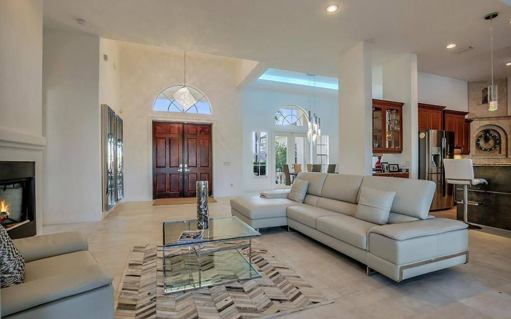 2803 SW 36th Ter, Cape Coral - Home For Sale 833899233