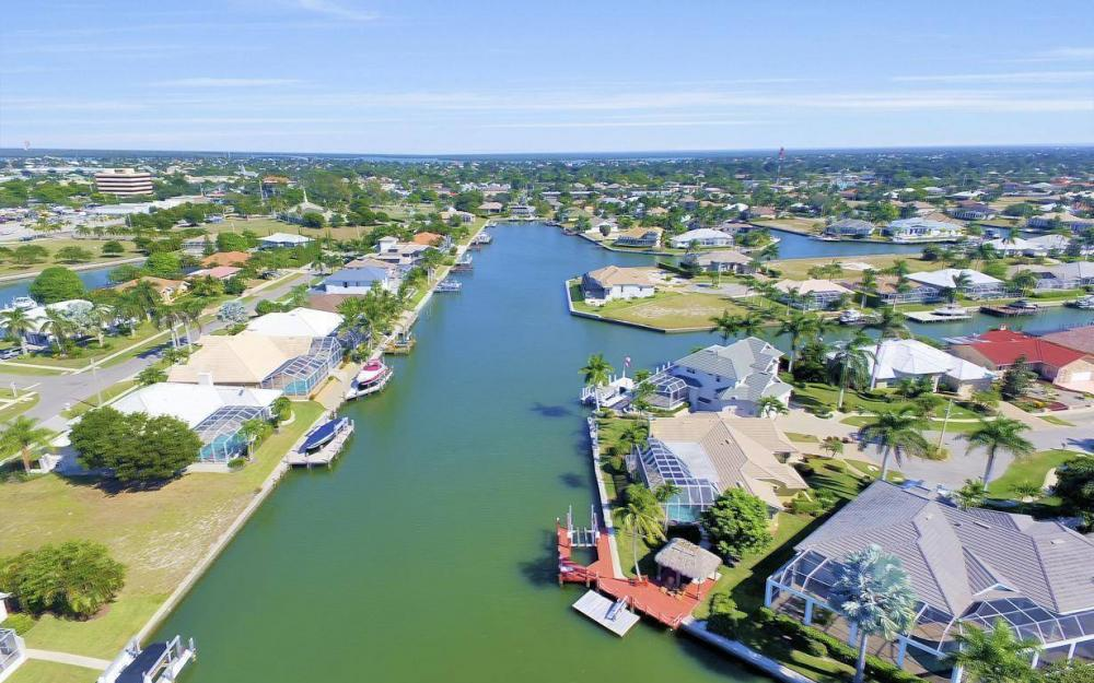489 Marquesas Ct, Marco Island - Home For Sale 1139813220