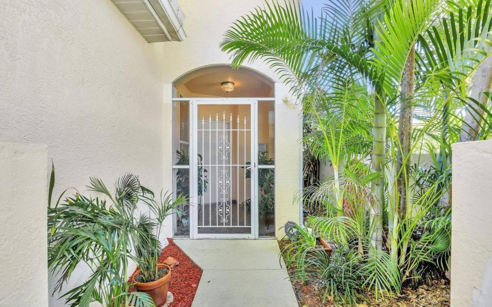 1098 Woodshire Ln #H106, Naples - Condo For Sale 339784764