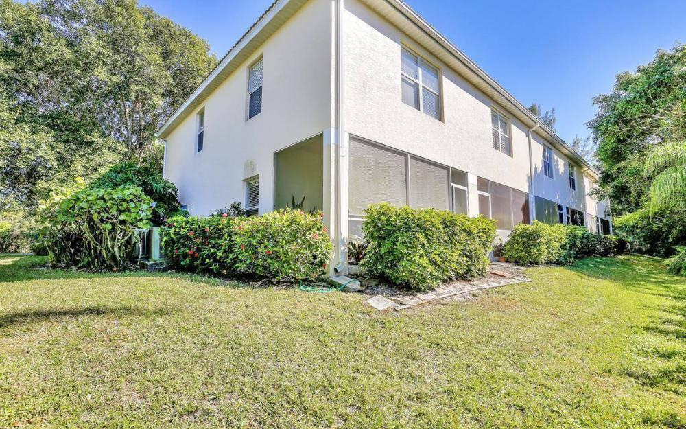 1098 Woodshire Ln #H106, Naples - Condo For Sale 26334021