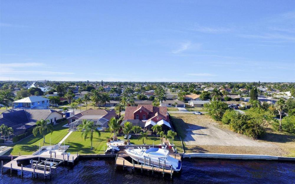 4505 SE 20th Pl, Cape Coral - Home For Sale 205069609