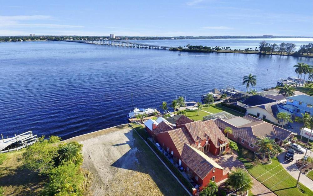 4505 SE 20th Pl, Cape Coral - Home For Sale 1047190353