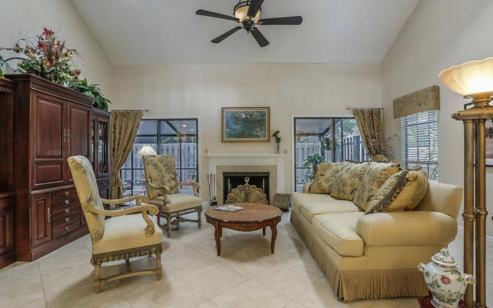 871 Meadowland Dr #A, Naples - Home For Sale 98932500