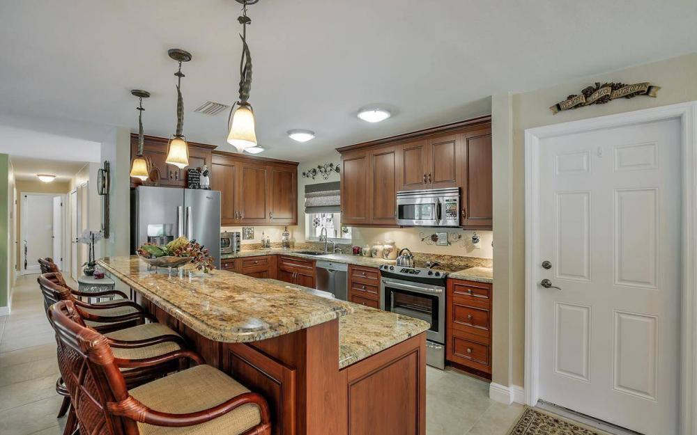 439 Pinecrest Ct, Cape Coral - Home For Sale 1480676148