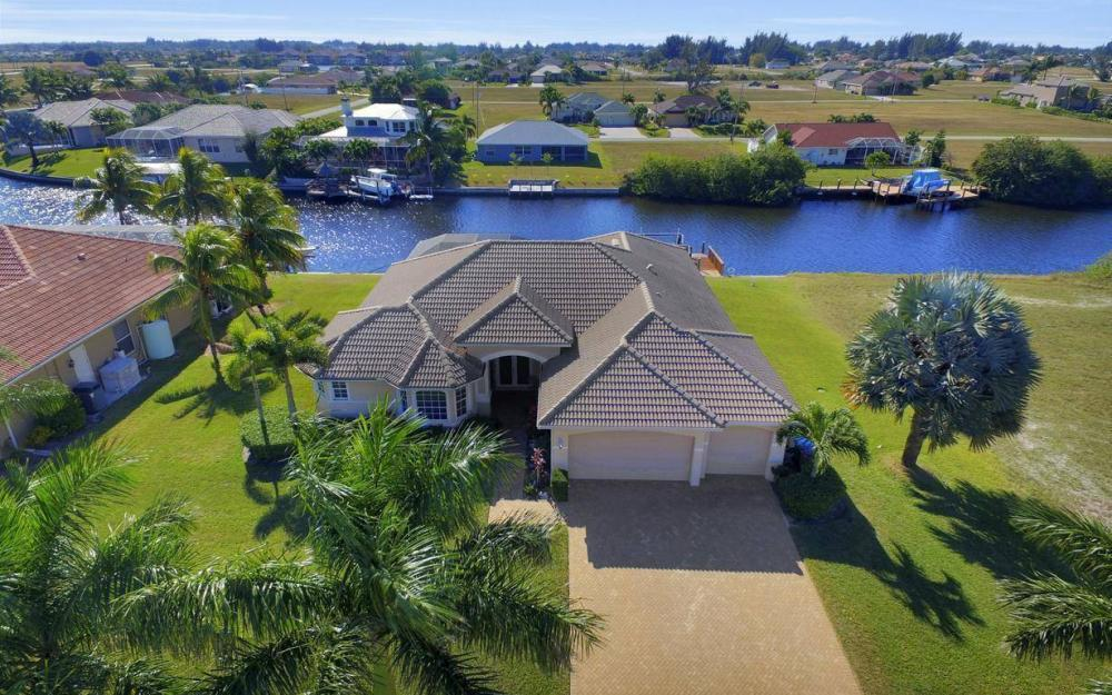 3312 NW 2nd Terrace - Cape Coral Home For Sale 2146898897