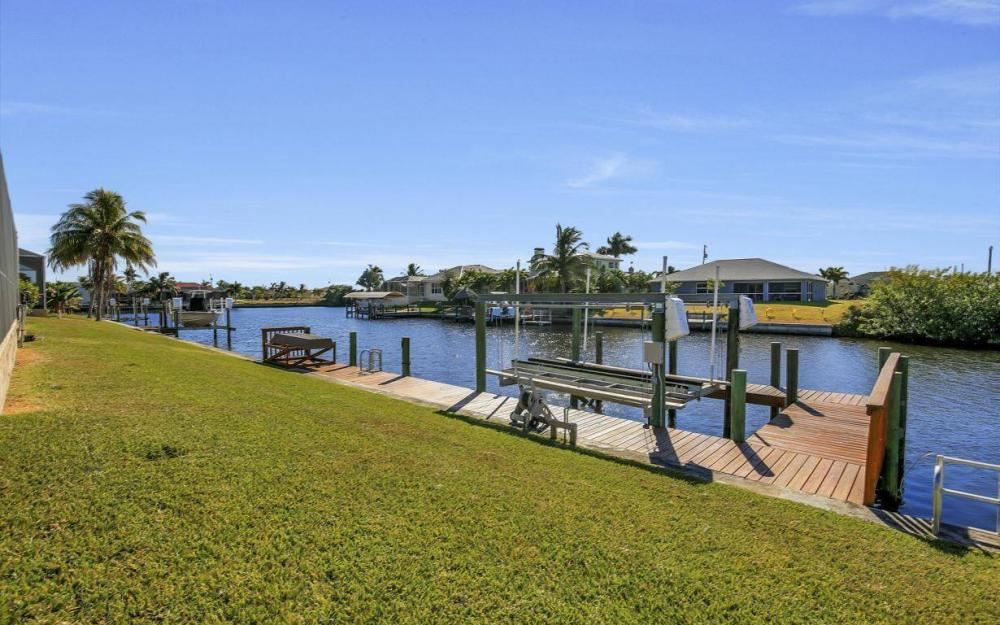 3312 NW 2nd Terrace - Cape Coral Home For Sale 1066264498