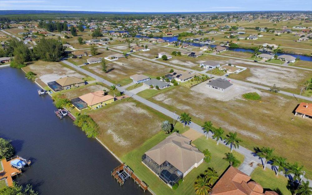 3312 NW 2nd Terrace - Cape Coral Home For Sale 1499140100
