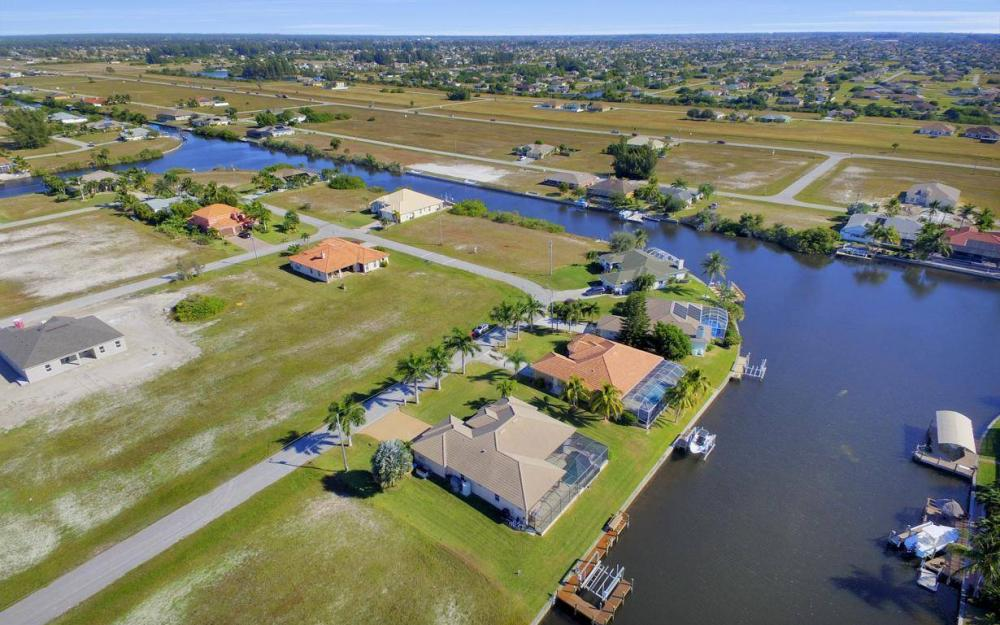 3312 NW 2nd Terrace - Cape Coral Home For Sale 515434845
