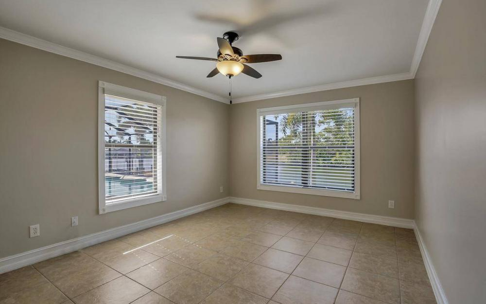 5310 SW 16th Pl, Cape Coral - Home For Sale 1928236102