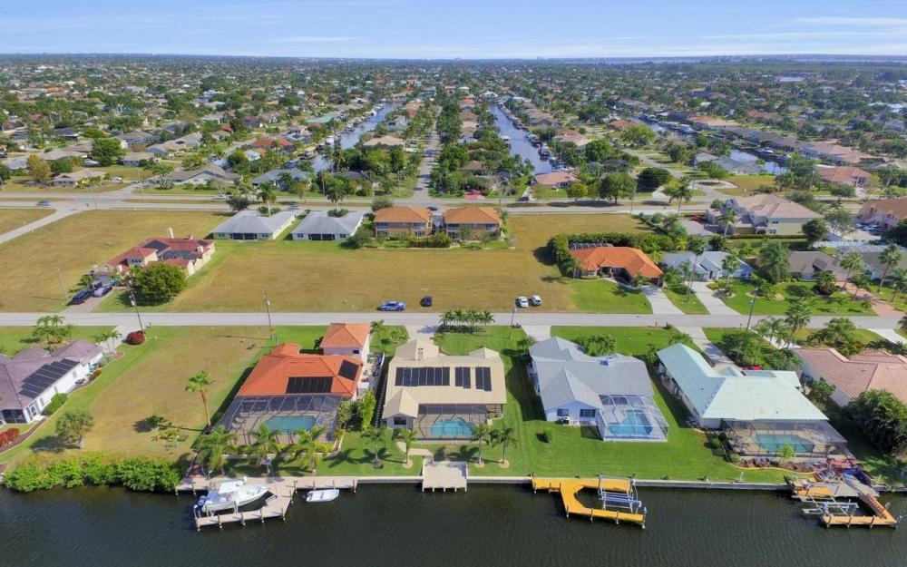 5310 SW 16th Pl, Cape Coral - Home For Sale 2136253183