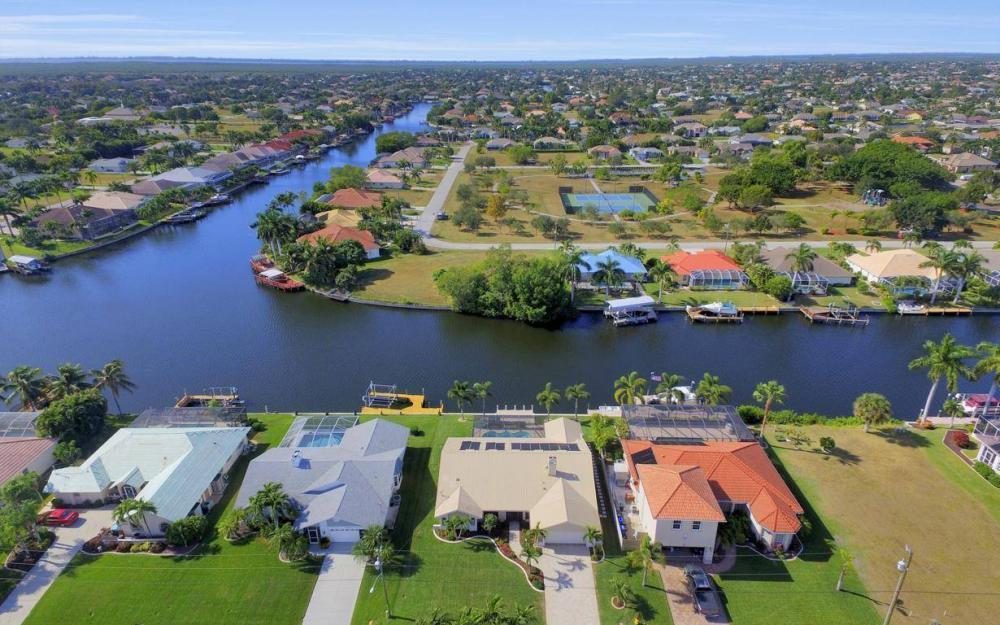 5310 SW 16th Pl, Cape Coral - Home For Sale 1143278589