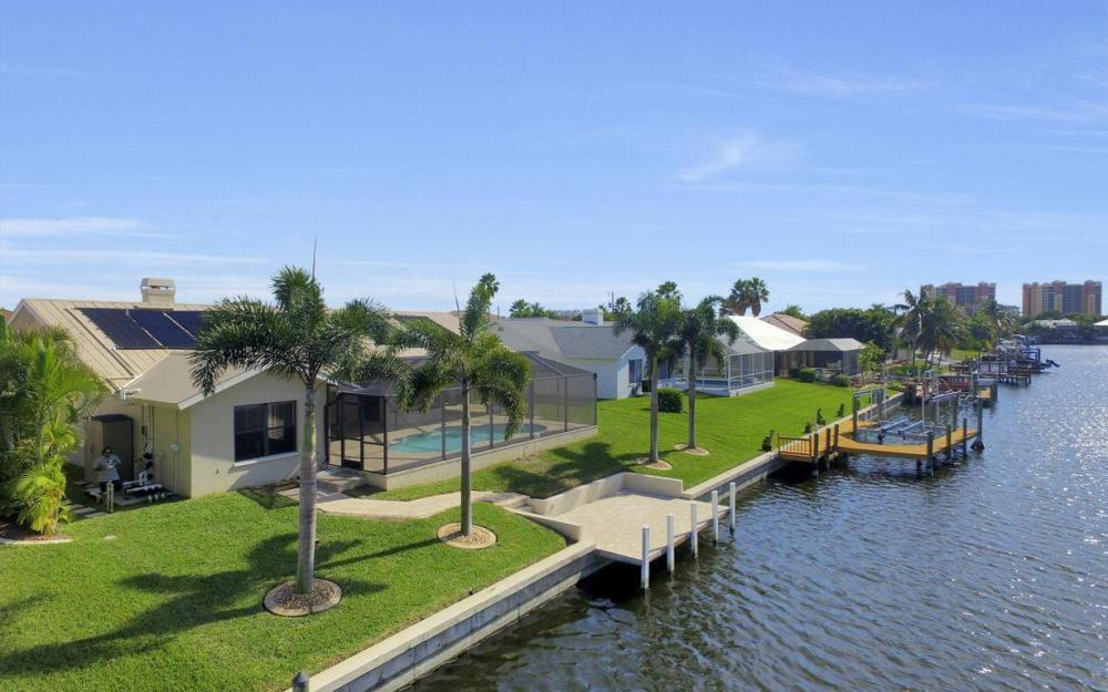 5310 SW 16th Pl, Cape Coral - Home For Sale 1865452071