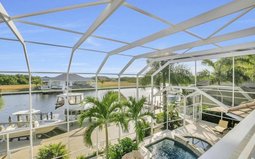1510 Hermitage Ln, Cape Coral - Home For Sale 918734366