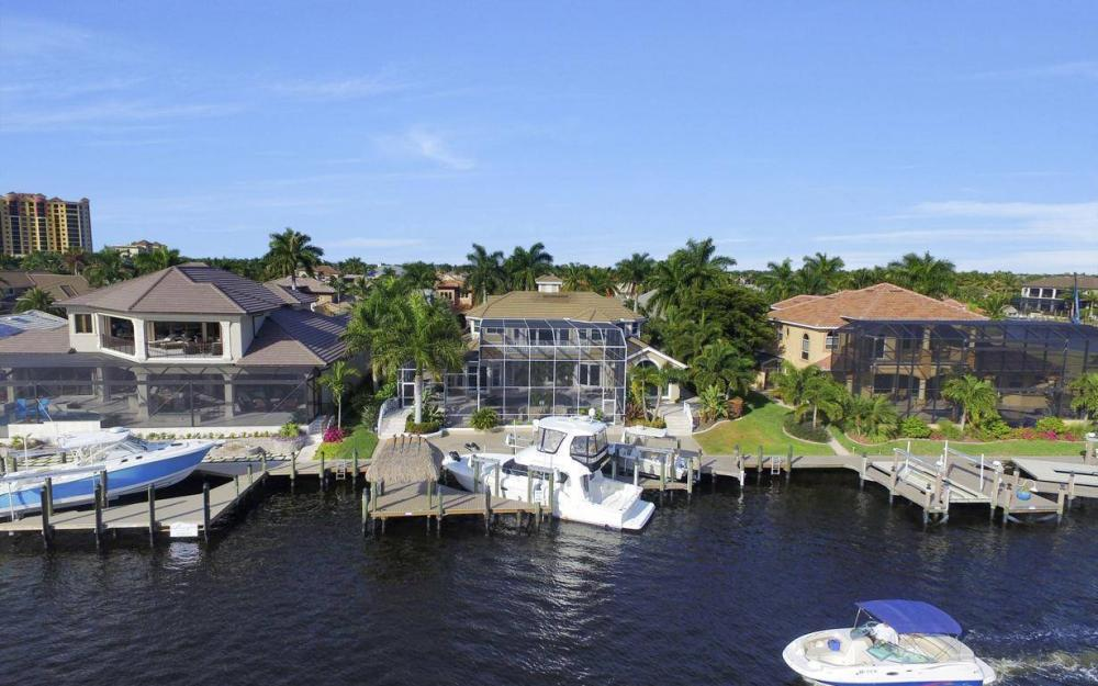 1510 Hermitage Ln, Cape Coral - Home For Sale 1571447172