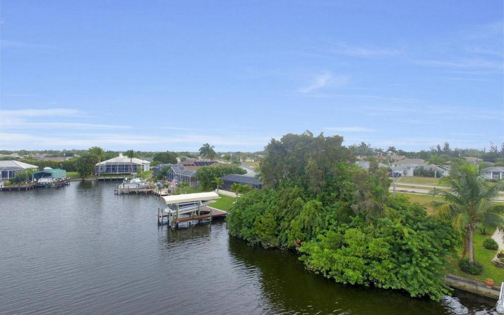 2948 Surfside Blvd, Cape Coral - Lot For Sale 318497302