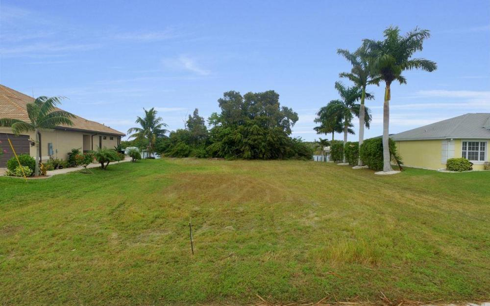 2948 Surfside Blvd, Cape Coral - Lot For Sale 741759175