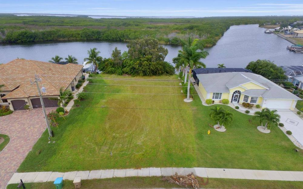 2948 Surfside Blvd, Cape Coral - Lot For Sale 284531644