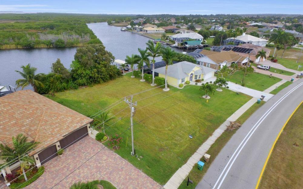 2948 Surfside Blvd, Cape Coral - Lot For Sale 1945865215