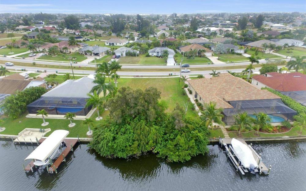 2948 Surfside Blvd, Cape Coral - Lot For Sale 1860083660