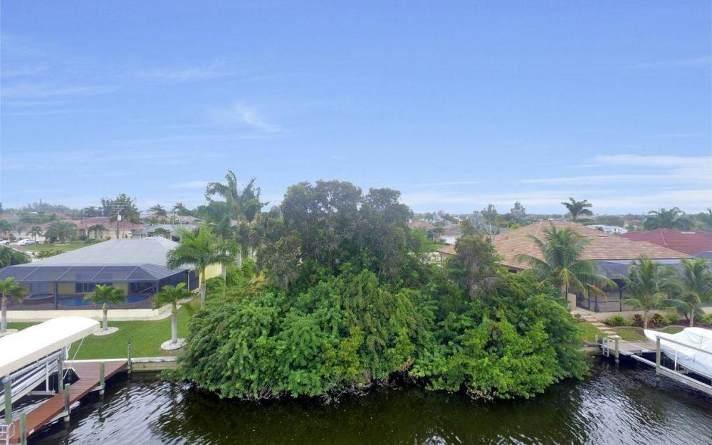 2948 Surfside Blvd, Cape Coral - Lot For Sale 1438160015