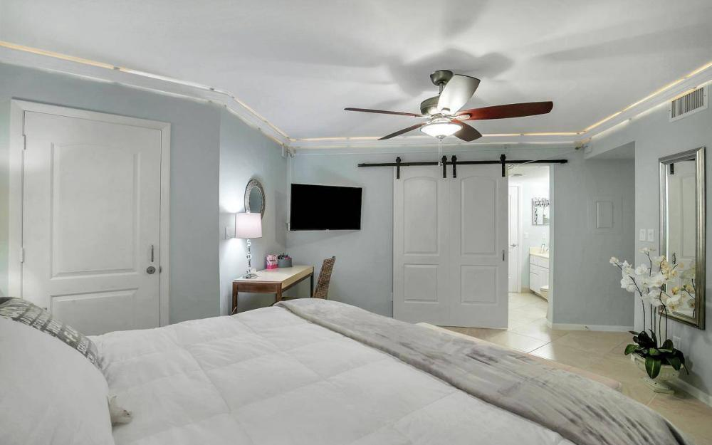 291 S Collier Blvd #305, Marco Island - Vacation Rental 2085899262