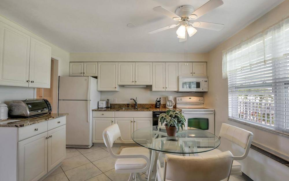 850 Palm St c-18, Marco Island - Condo For Sale 647425437