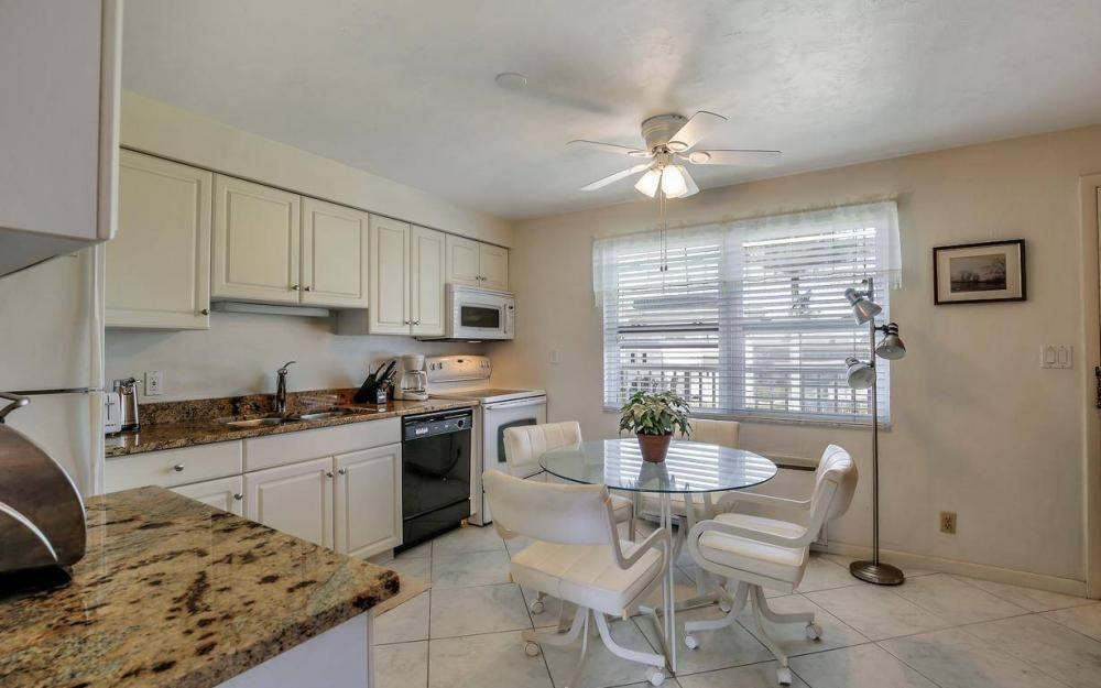 850 Palm St c-18, Marco Island - Condo For Sale 670979090