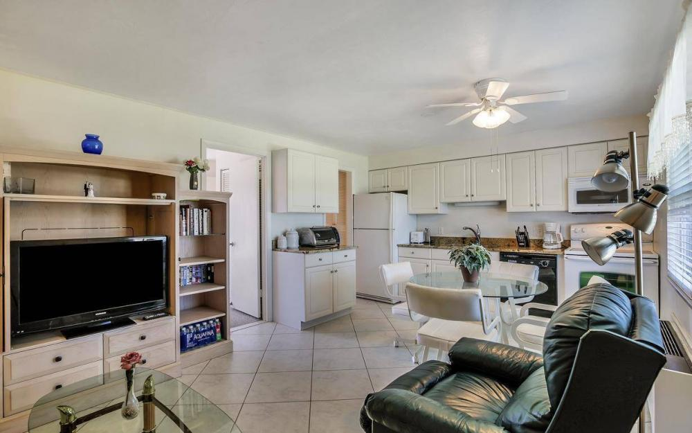 850 Palm St c-18, Marco Island - Condo For Sale 432741708