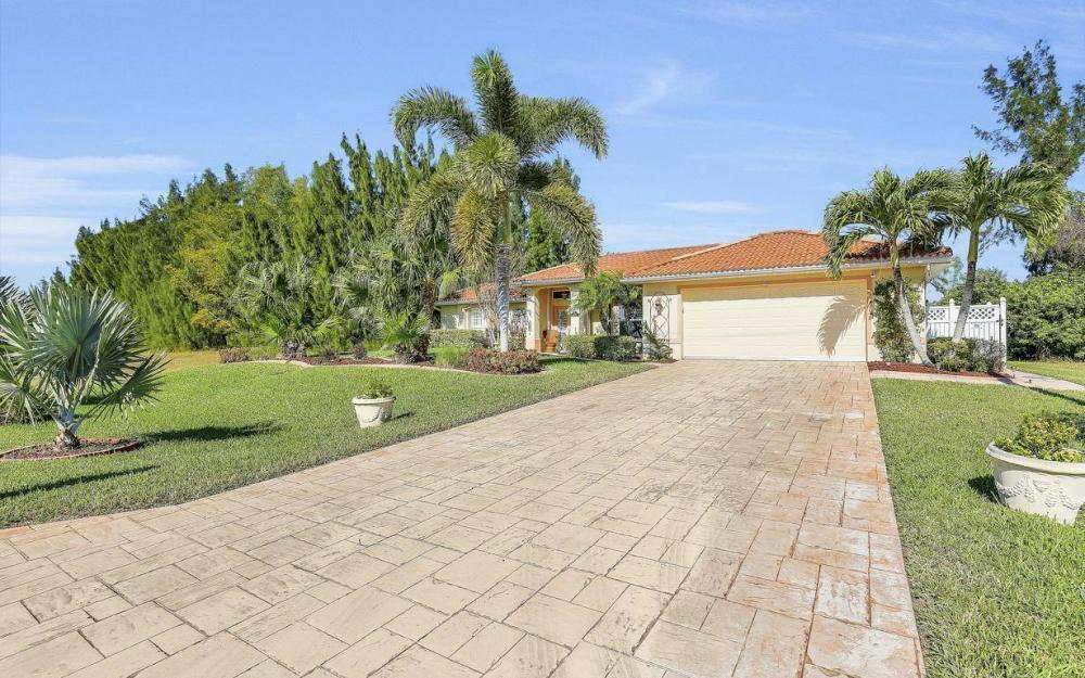 3245 NW 21st Terrace, Cape Coral - Home For Sale 2052537617