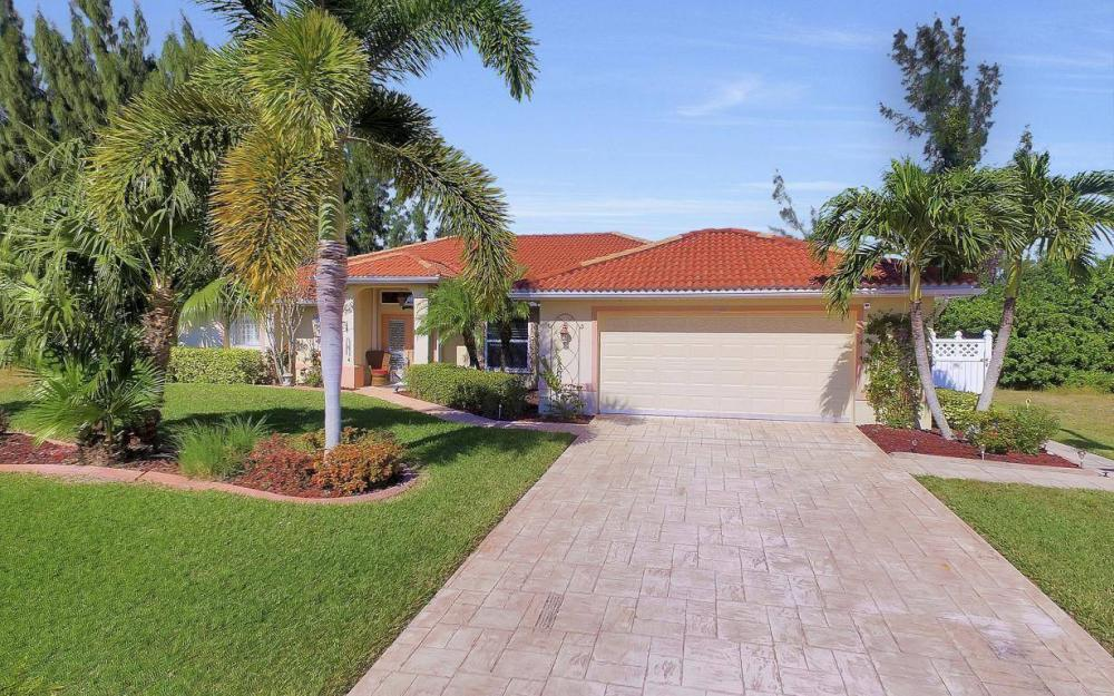 3245 NW 21st Terrace, Cape Coral - Home For Sale 1917053642