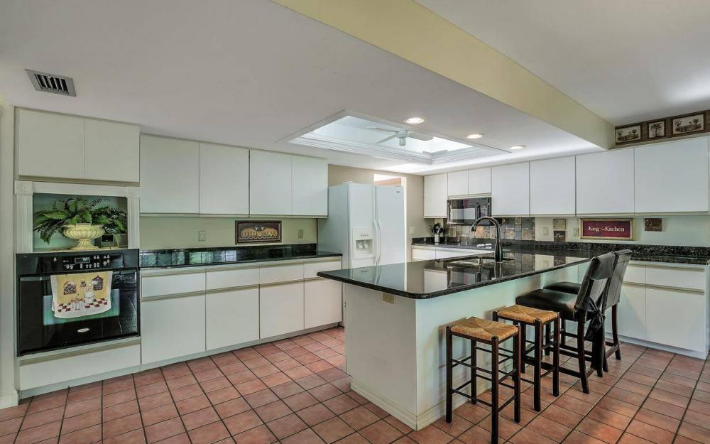 406 Madison Ct, Fort Myers Beach - Home For Sale 2094356695