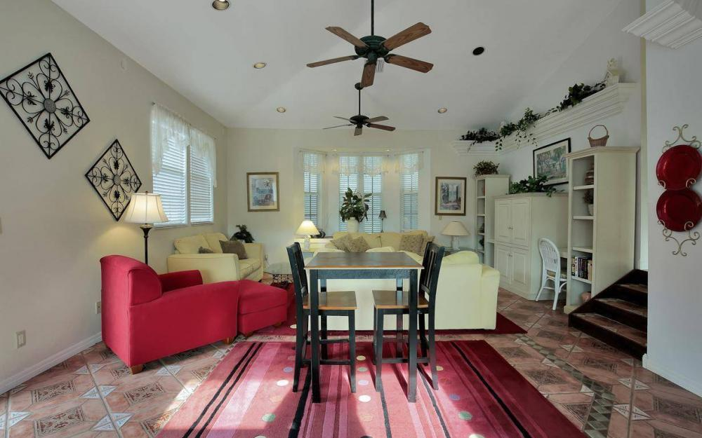 406 Madison Ct, Fort Myers Beach - Home For Sale 99398707