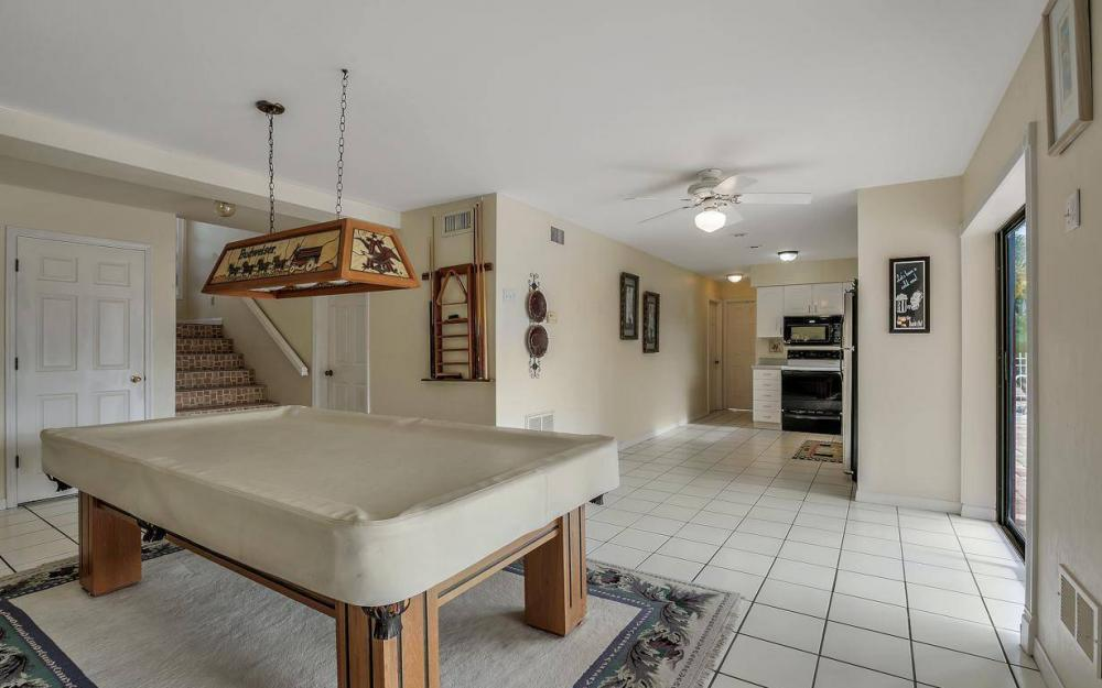 406 Madison Ct, Fort Myers Beach - Home For Sale 120361353