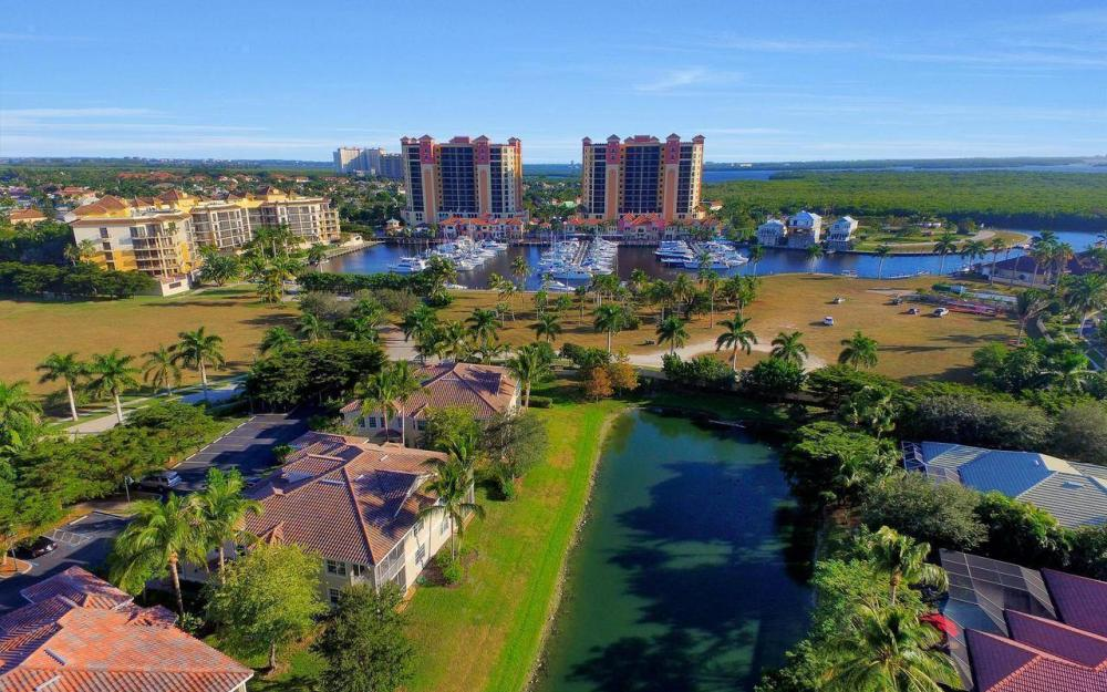 5618 Cape Harbour Dr #202, Cape Coral - Home For Sale 135699878