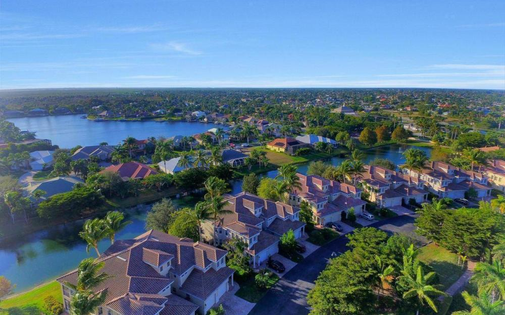 5618 Cape Harbour Dr #202, Cape Coral - Home For Sale 353746211