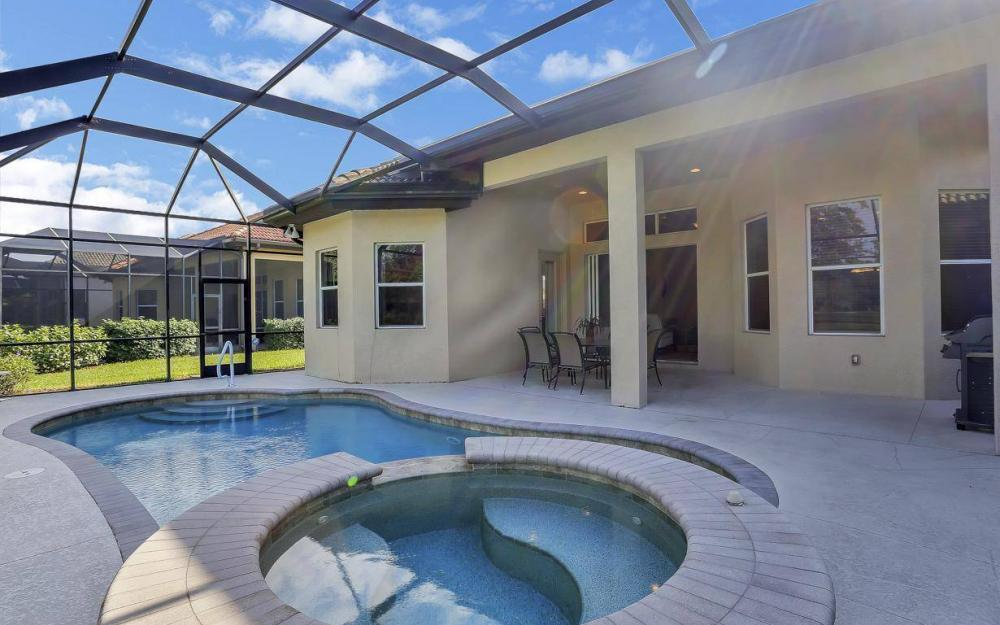 7794 Ashton Rd, Naples - Home For Sale 478774677