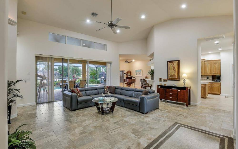 4925 SW 9th Pl, Cape Coral - Home For Sale 116582604
