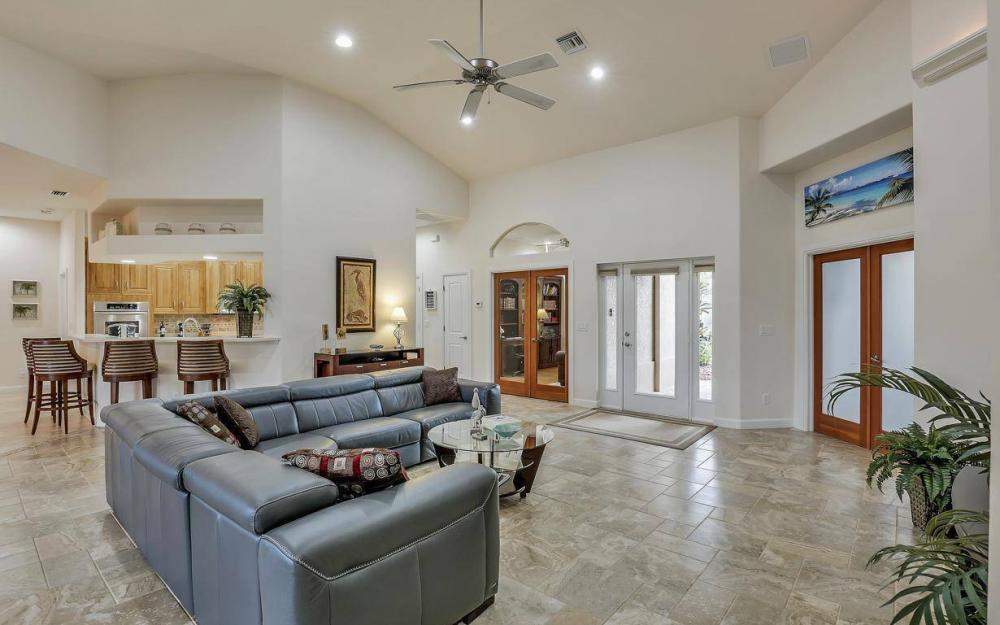 4925 SW 9th Pl, Cape Coral - Home For Sale 72258273