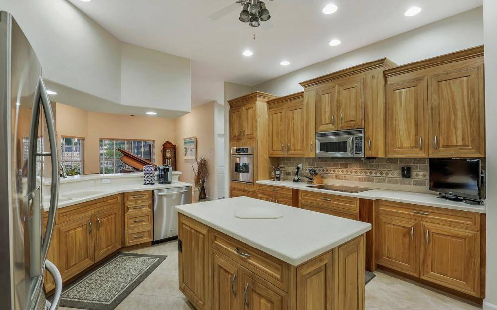 4925 SW 9th Pl, Cape Coral - Home For Sale 901897639